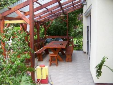 Eger, Sas úton 2 db családi ház eladó.